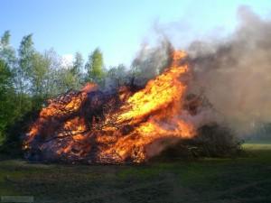 Brandsicherheitswache bei Osterfeuer